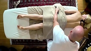 milf gal acquires group fucked deeply by massagist