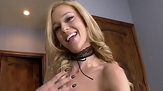 kali roses in moms sexy outfit