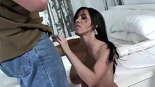 brunette milf screwed and pussy smothering