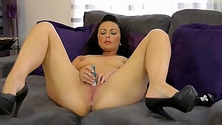 femorg milf roxanne mae masturbates wet slit to real pussy pulsating orgasm with a pocket rocket vibrator