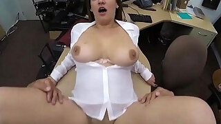 business female acquires smashing by pawn fellow at the pawnshop