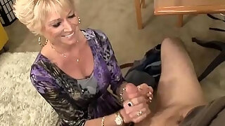 step mom always wanted to offer him a handjob