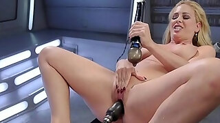 beautiful golden haired milf pumping machine solo