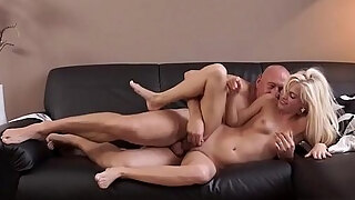 milf sweet candee licious discovered a pont of time to remain alone with her