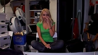 lascivious interview entices a beautiful gal to pummel at a audition
